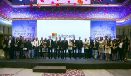 The Grand Award in the Field of Healthcare was given to Innova by Microsoft